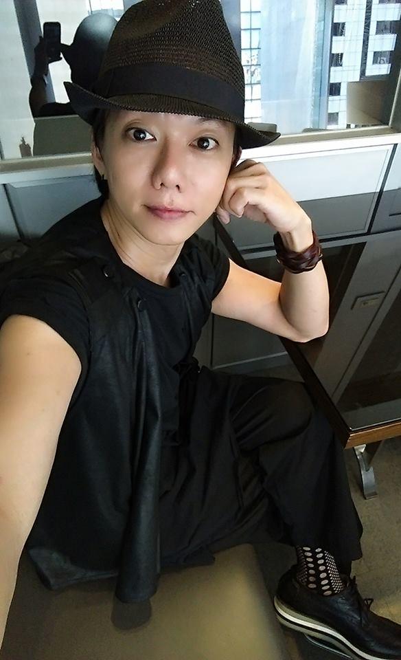 謝永慶  – 明星彩妝師