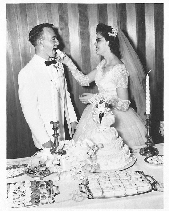 Celebrated my grandparents 60th Anniversary this past weekend! How cute are my grandparents?! I cannot get over these images from their wedding. They are stunning😍