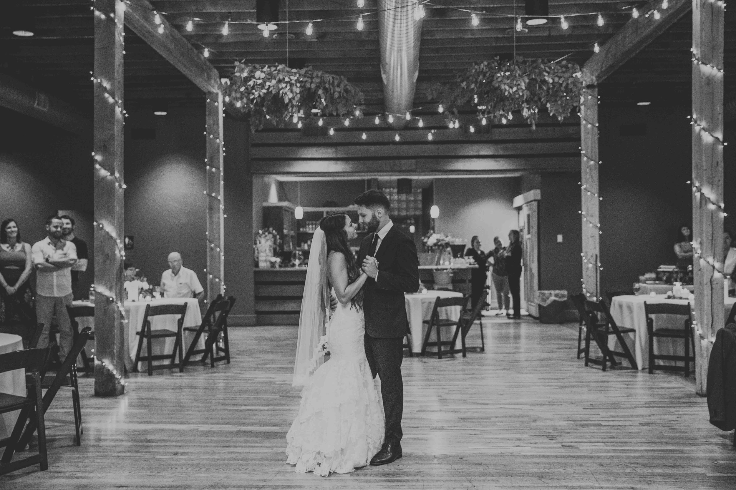 Northwest Arkansas Destination Wedding Photographer-1-12.jpg