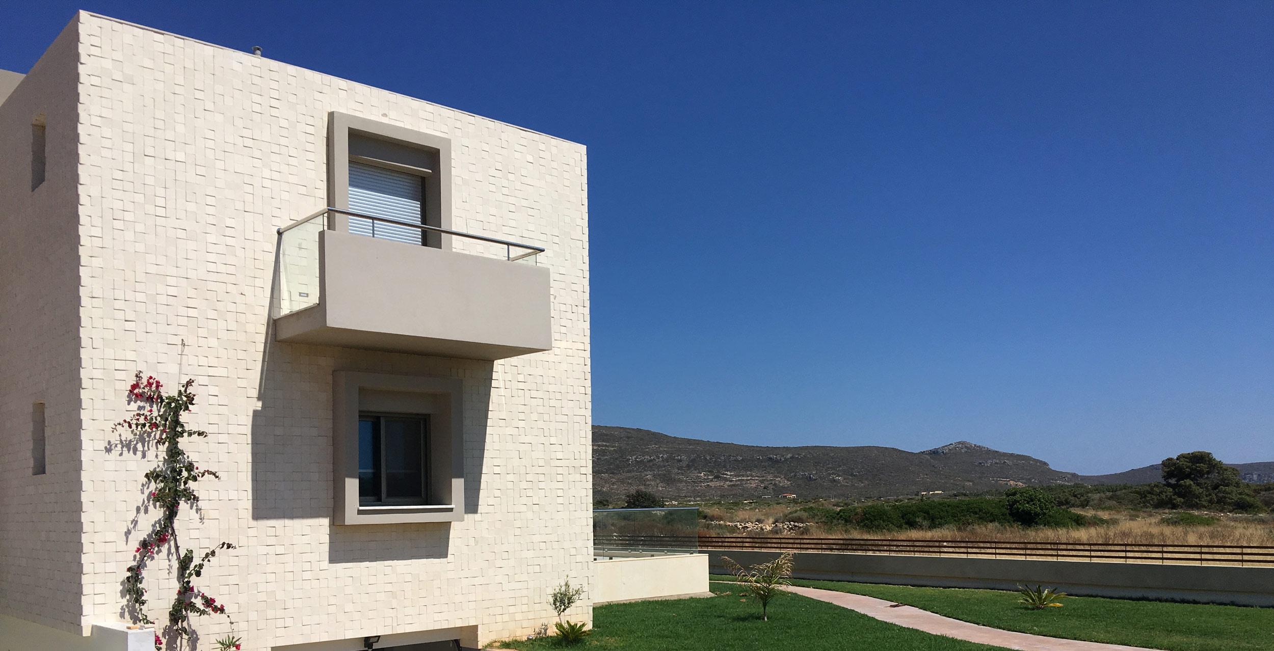 8-+-18-suite-balconies-and-windows.jpg