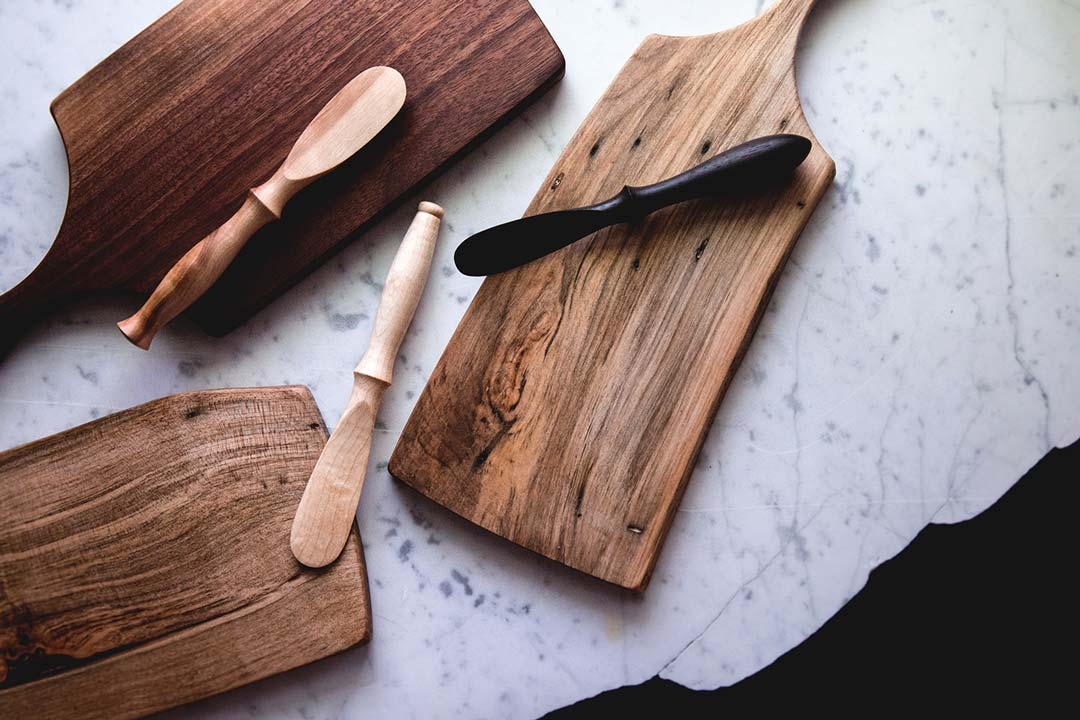 cutting boards & spreaders