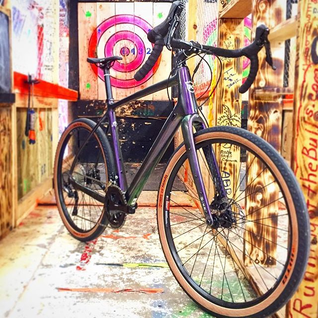 🤤 @konabikes. Really. The Kona Libre is just yummy. All the everything you wanna do and blowing the game out of the water. #citycyclesok #konabikes #konalibre #alltheprettycolors #noboringbikes #bullseye #gotwood #gotwoodaxethrowing #wood @gotwoodaxethrowingllc #uncommonbikesextraordinaryadventures #heysalsawhatstheextra$400for? #battlelane #itsapoliceactionnotawar #shopwise #purplemakesitbetter #sorrynotsorry