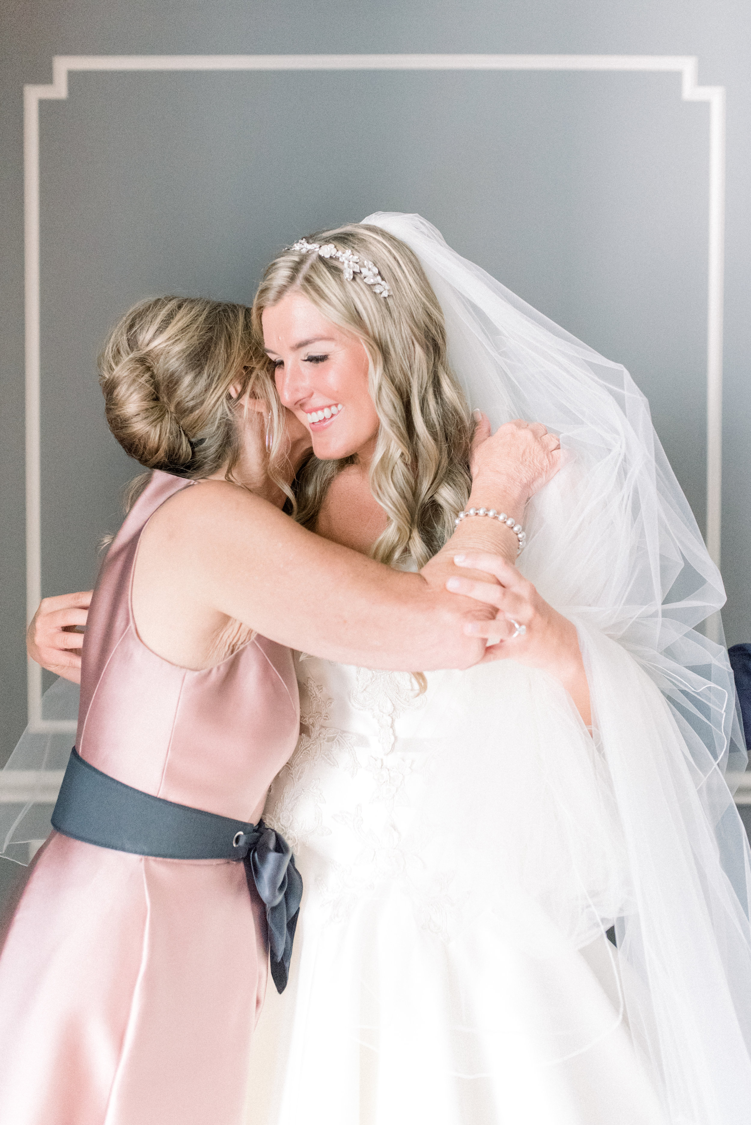 bride and her mom on wedding day.jpg