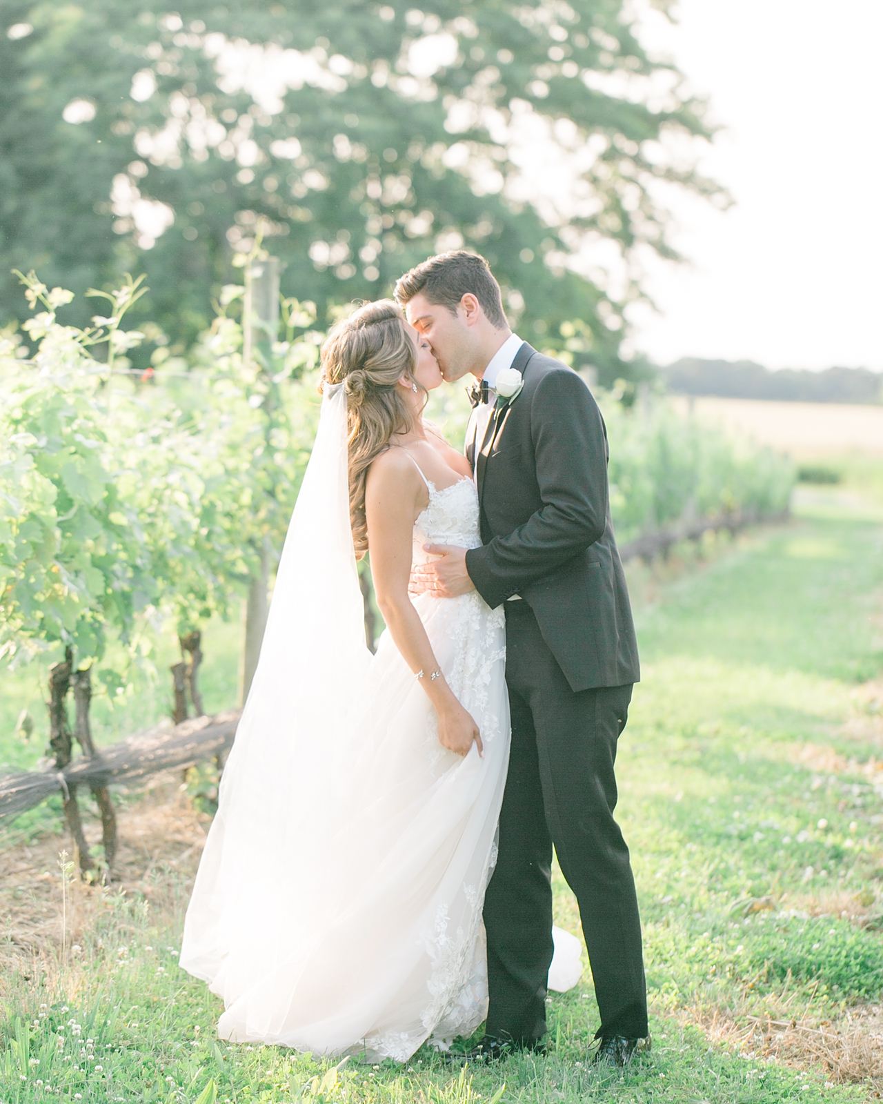 The Vineyards at Aquebogue Wedding- Samantha Cesario_0009.jpg