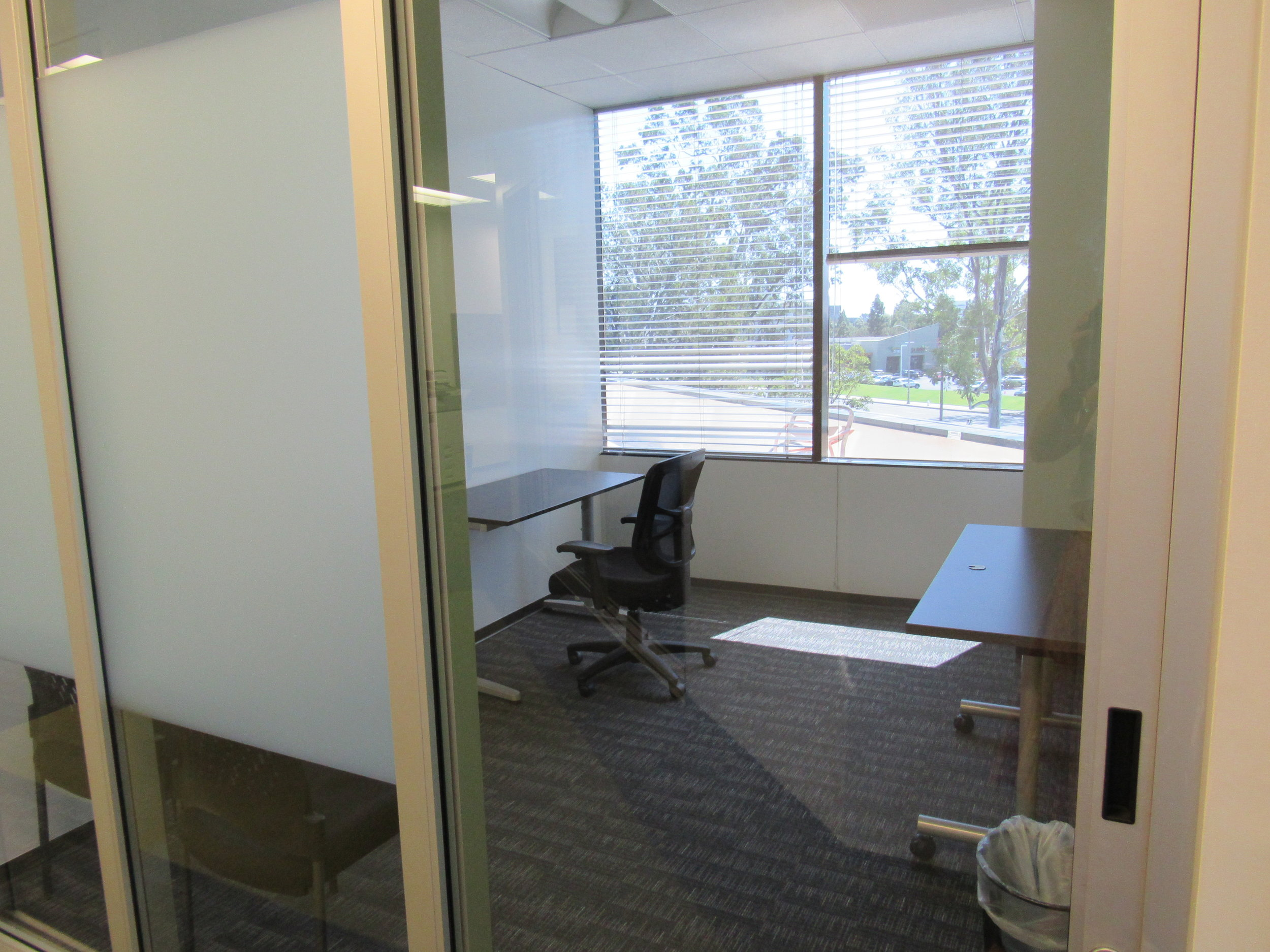 DEDICATED DESKS - $400/monthWorkdays Per Month: Unlimited Time in Private OfficeAccess: 24/7Wifi: DUH!Conference Rooms: 3 Free Hour/month + 50% off hourly ratesMailbox: Included
