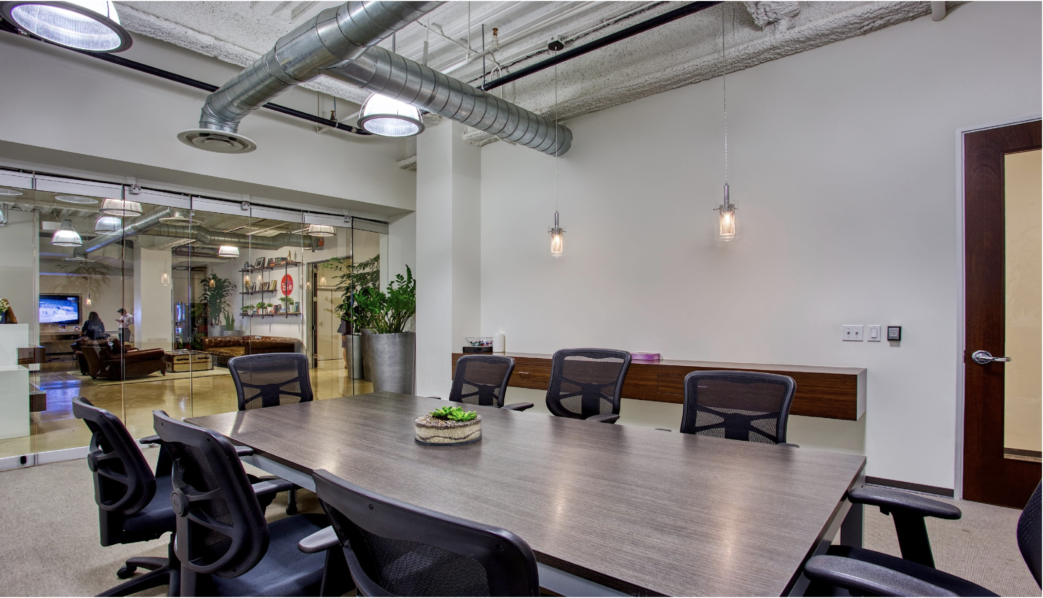 PART TIME - $225/monthWorkdays Per Month: 50 Hours Co-workingAccess: 8am-5pm Monday - FridayWifi: DUH!Conference Rooms: 1 Free Hour/month + 30% off hourly ratesMailbox: Additional $15/month