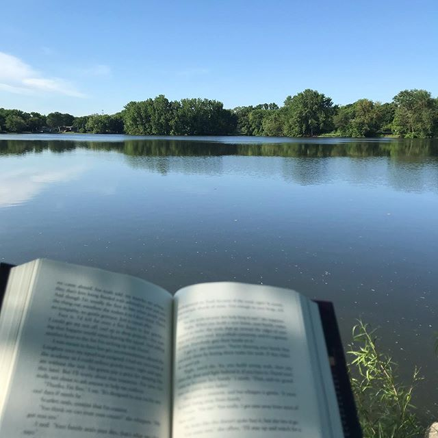 If you could go anywhere in the world and take a book with you, where would it be?  I think it'd be amazing to read at an Italy coffee house on the street. Or at a log ski resort in Colorado, drinking hot chocolate.   I just love places where the environment becomes a part of the book. This is a lake near my house and when there's no bugs it's great to read at!  Tell me some places you've been that have amplified the book you were reading!    #minnesotalakes #summerinminnesota #readingbythelake #readersofig #readingislife #bookreader #minnesota #bloomington #unitedbookstagram #readerlife #addictedtobooks #newread #fantasyauthor #bookishphoto #bookishphotography #booksta #booksharks #bookstergram #chillinbythelake #bugs #lakelife