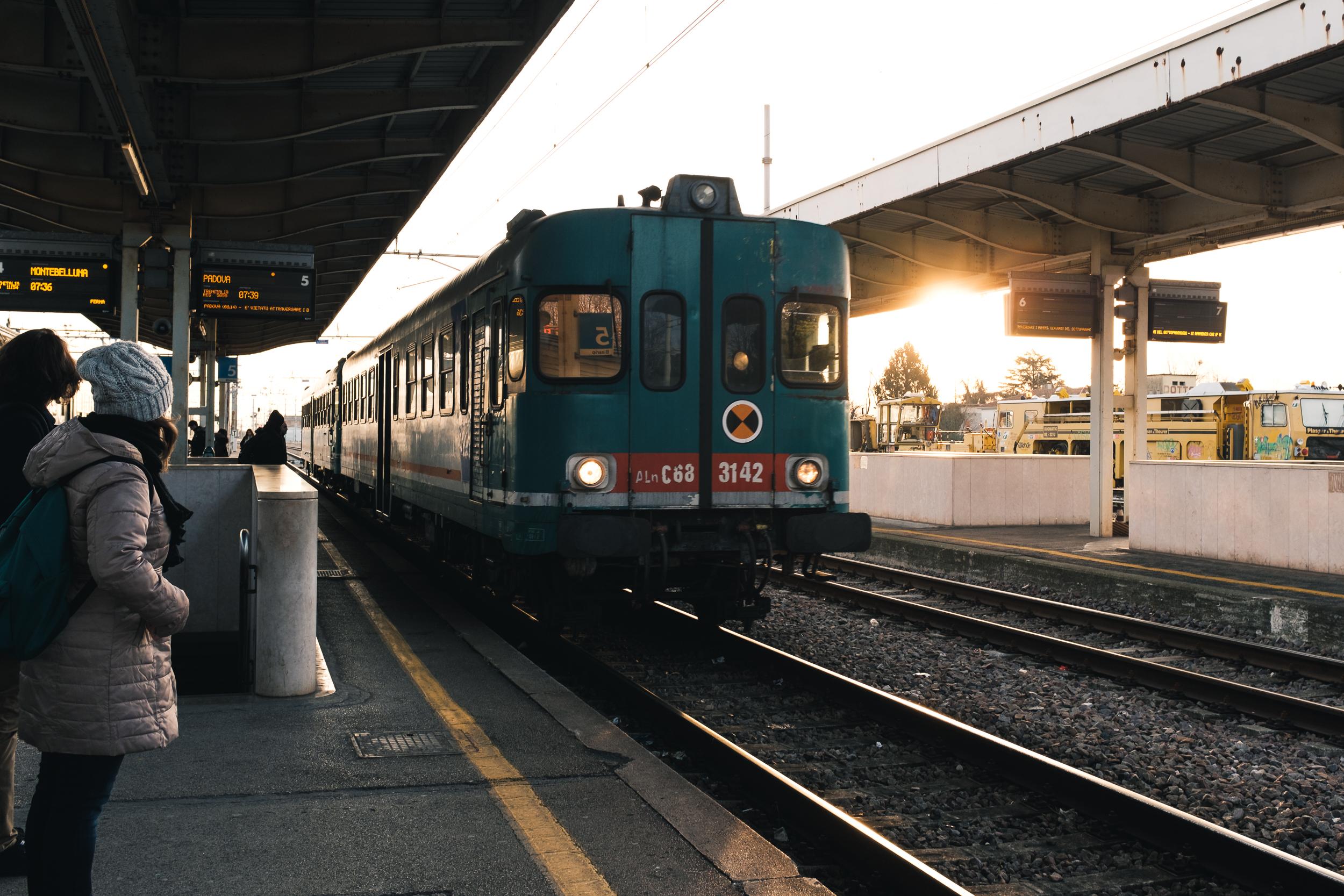 2018-02-24_Web_0042_Waiting for the train.jpg