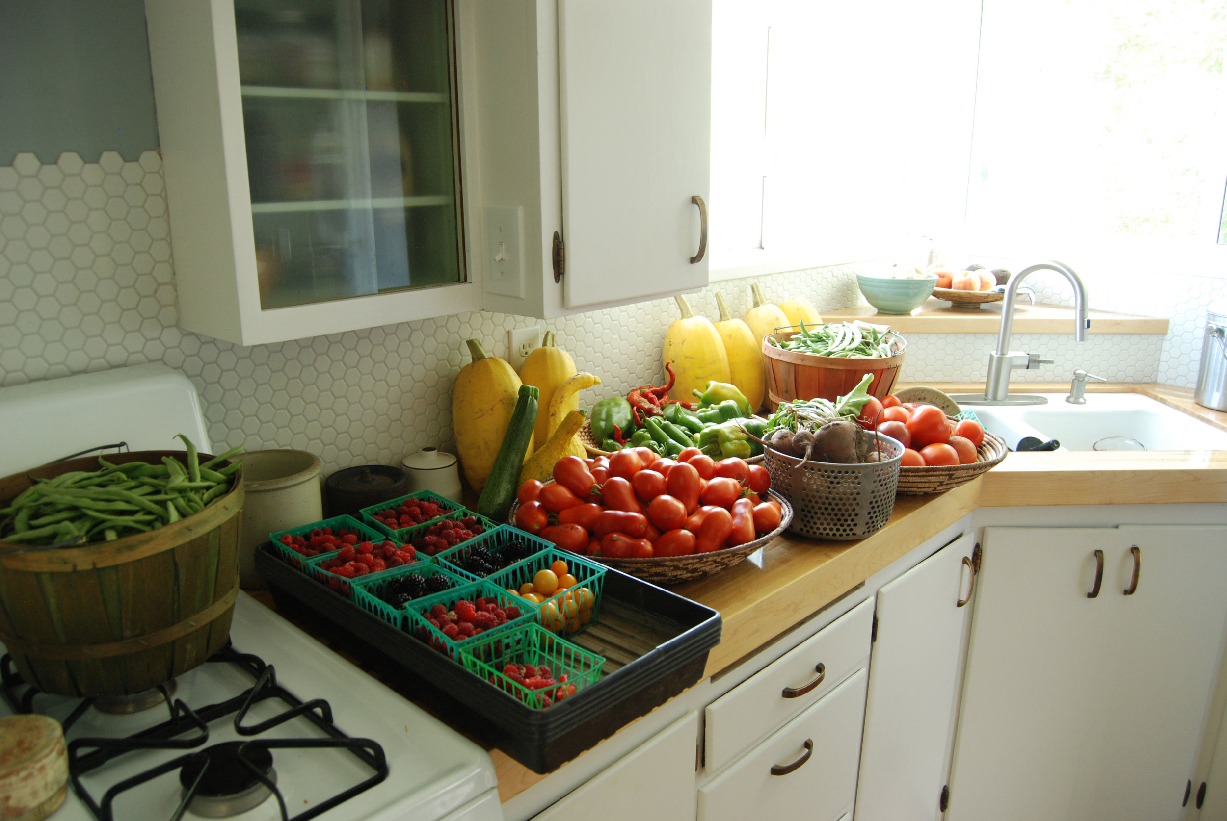 mark-crenshaw-garden-food.jpg