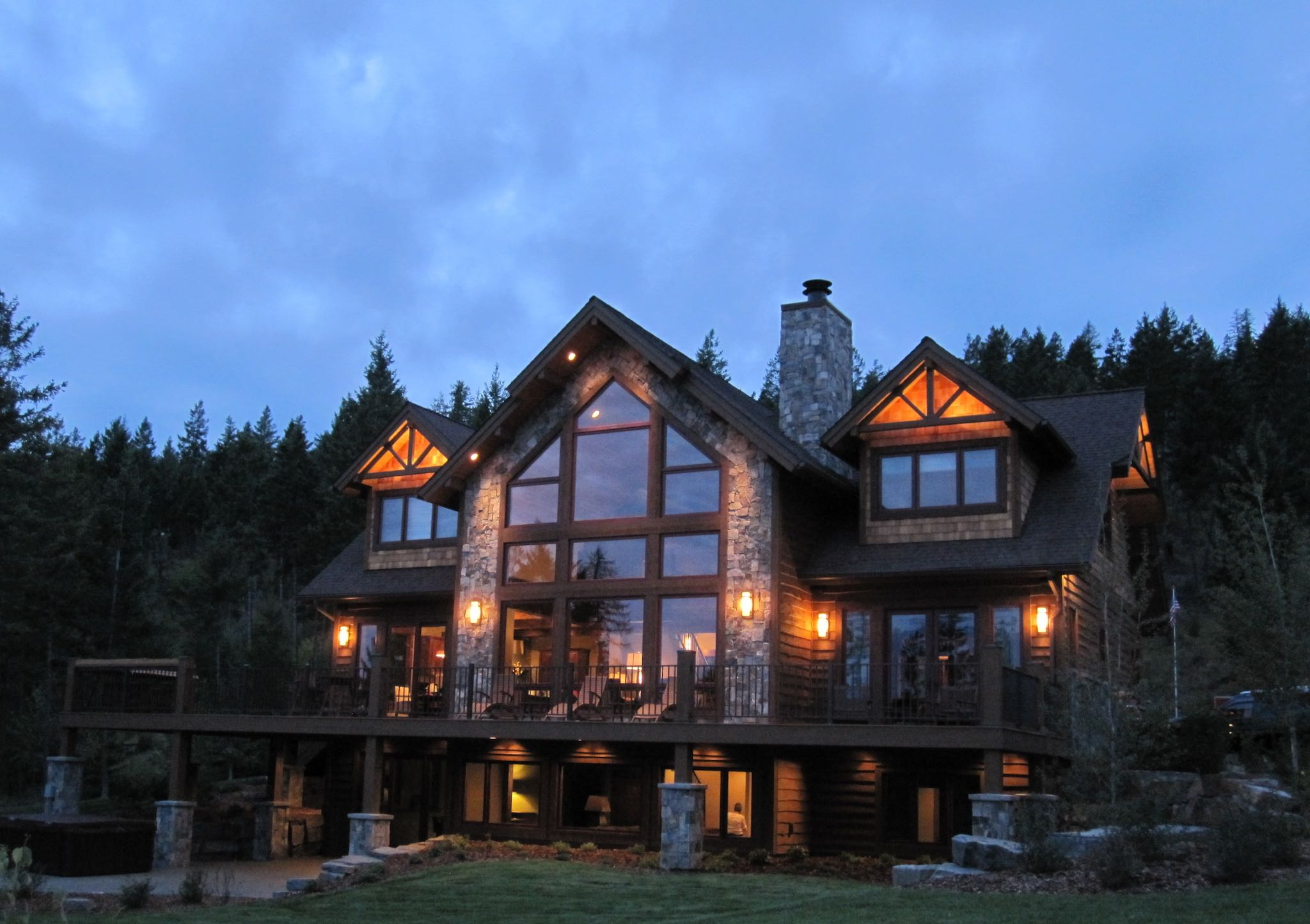 Lakeside Lodge.jpg