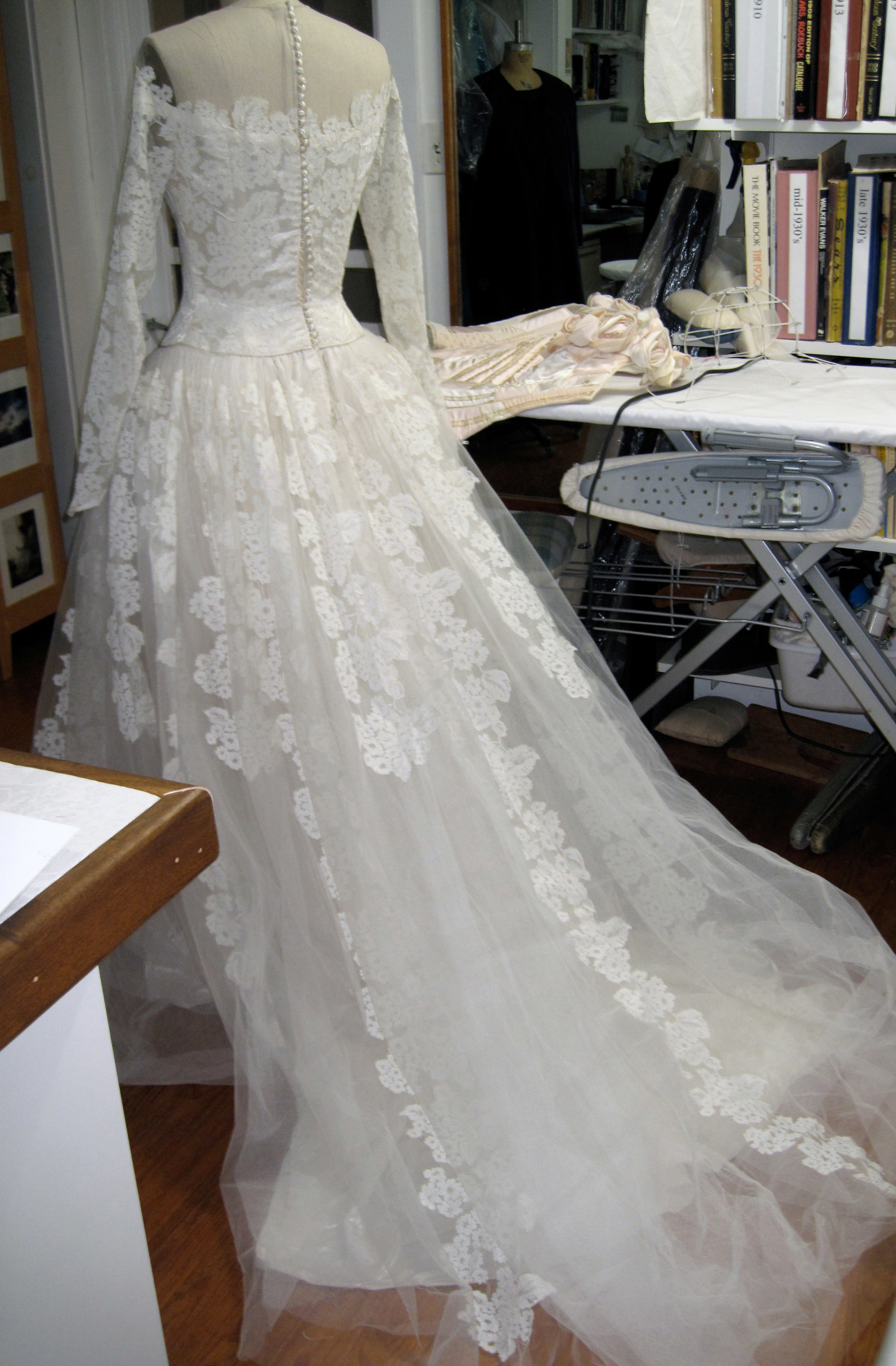 1950s Gown to Restyle