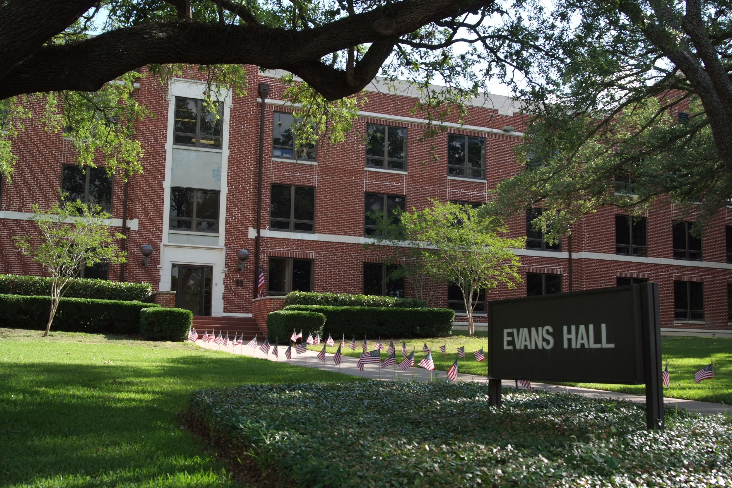PVAMU Evans Hall.jpg