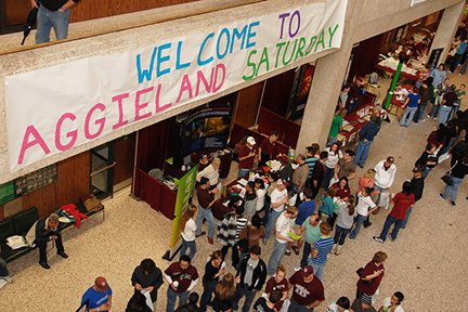Welcome to Aggieland Saturday.jpg