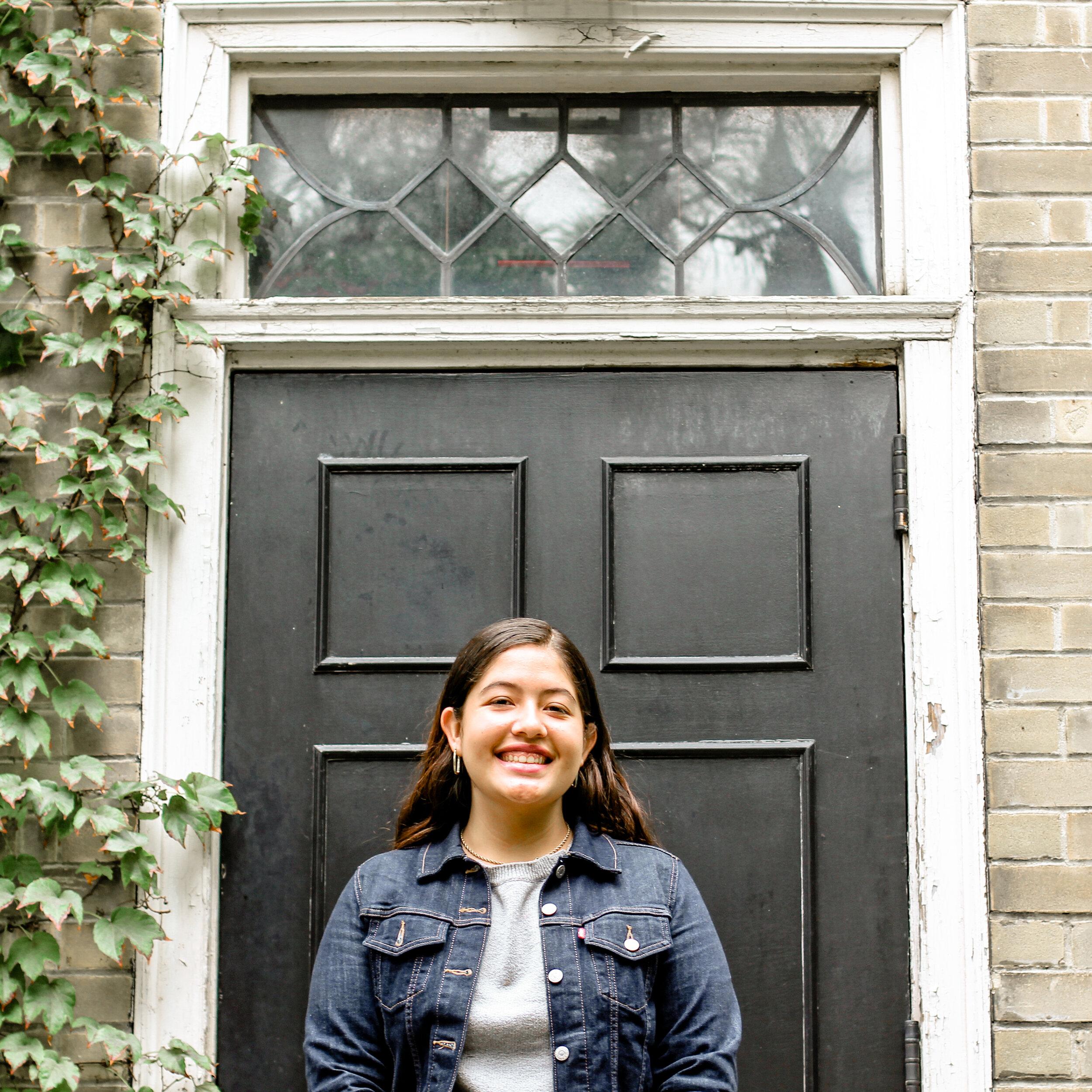 Maria Valdespino  Associate Editor 📷 @amoire   she/her