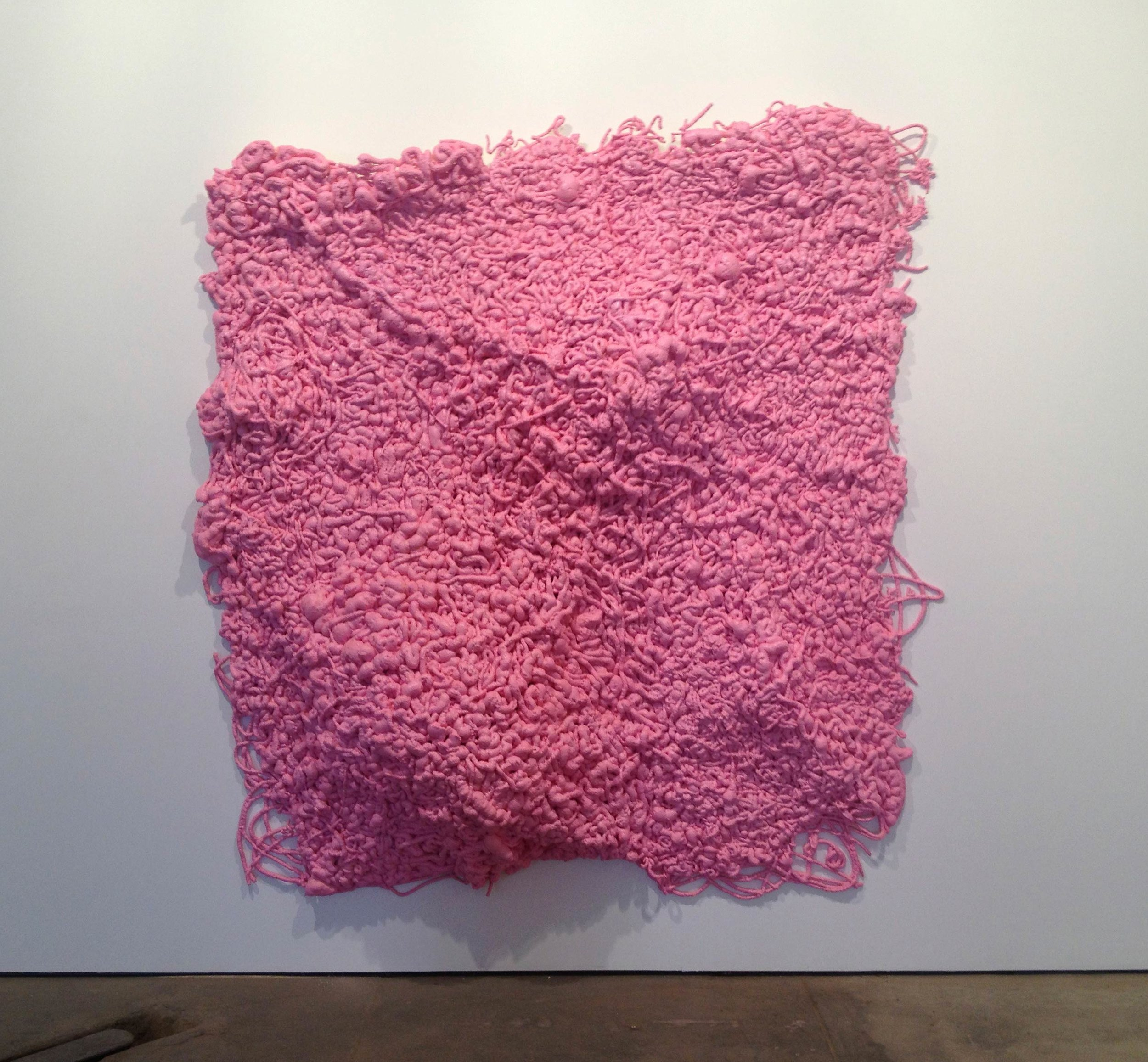 sam_schonzeit_sprayfoam_pink.jpg