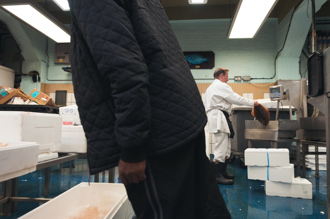 billings-gate-market-fish-weighing.jpg