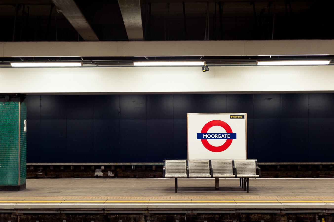 moorgate-tube-station-platform.jpg