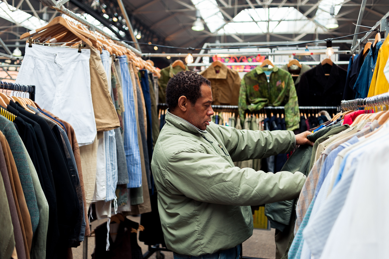 vintage-clothes-shopping.jpg