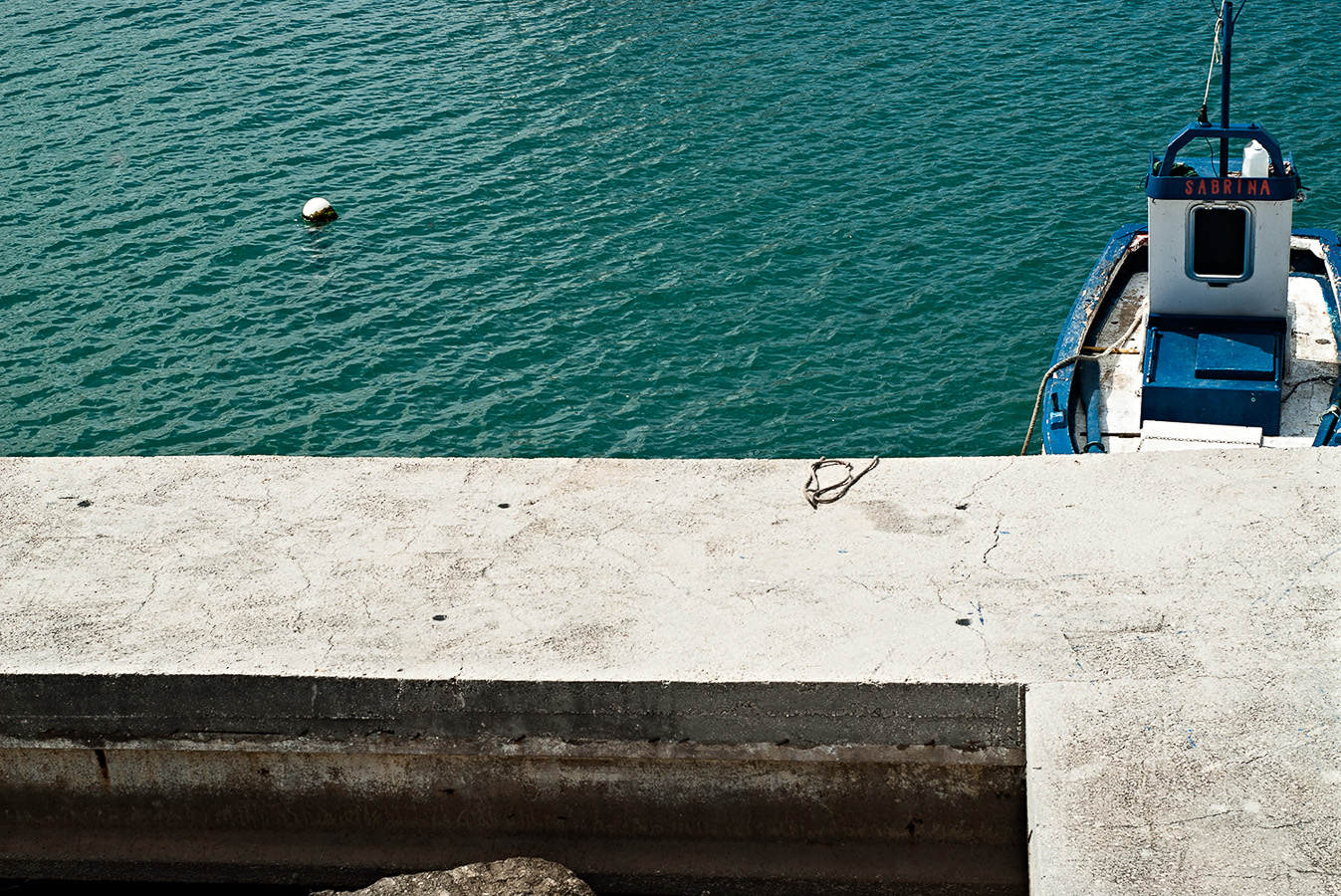 concrete-fishing-port-pureto-de-la-duquesa.jpg