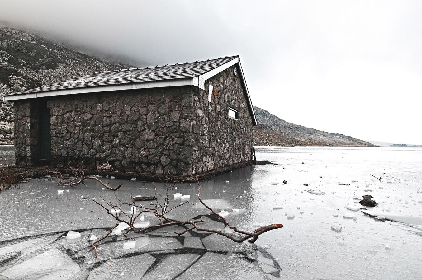 snowdonia-frozen-lake-house.jpg