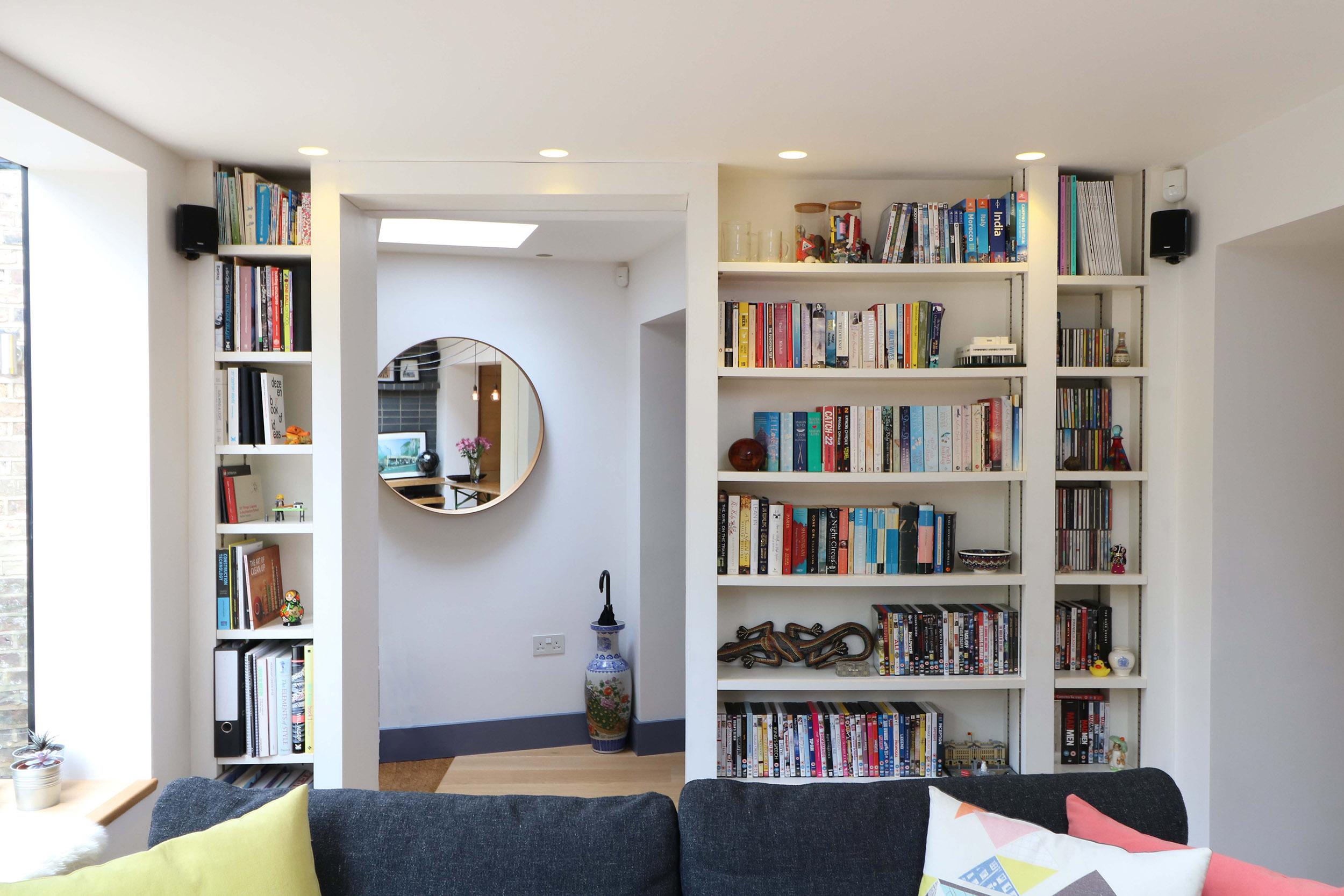 Bespoke-bookshelf-joinery.jpg