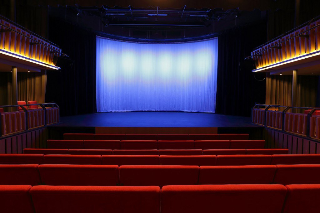 Whitty Theatre 1.jpg