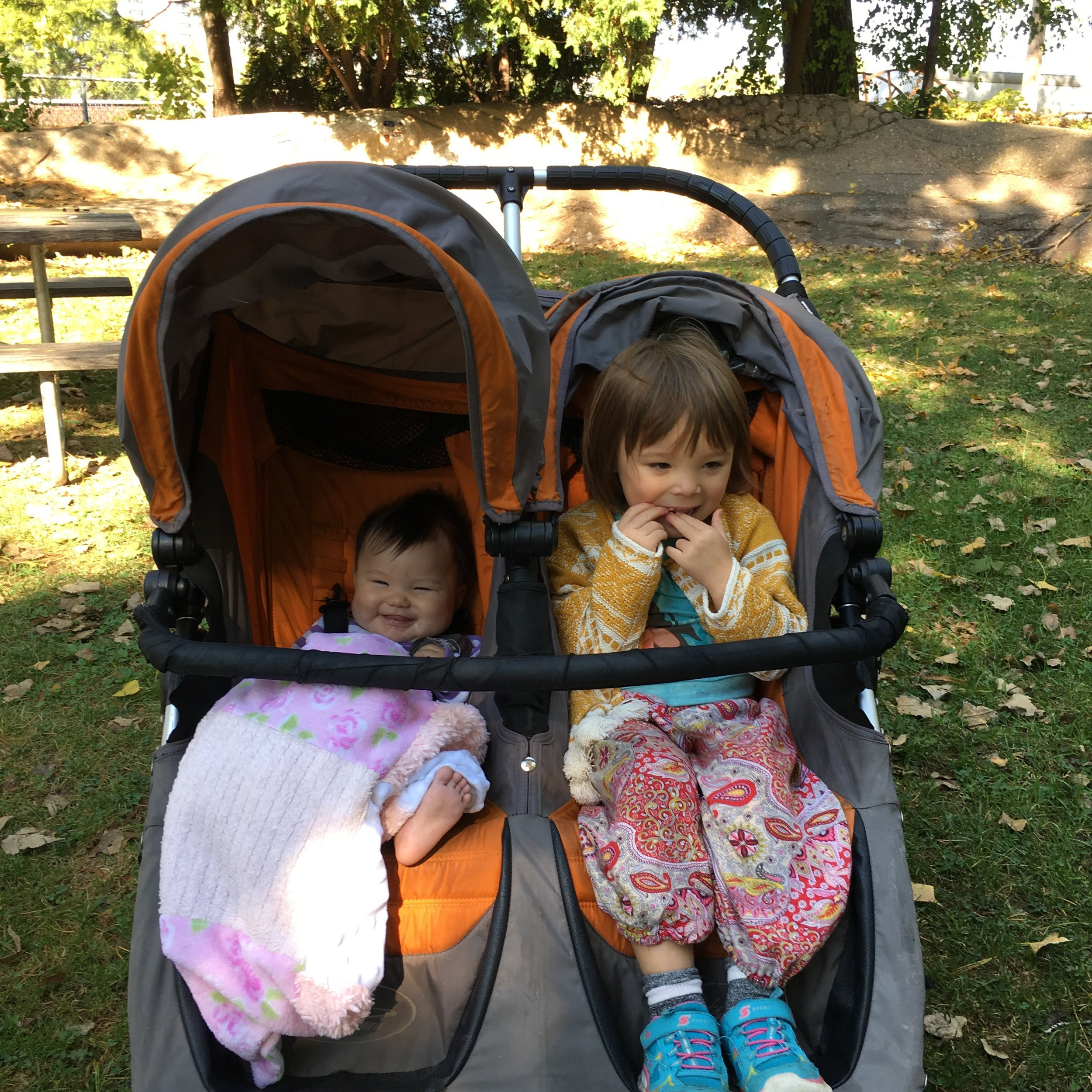 How did I get so lucky to have these two in my family. The girls enjoying themselves at a park. The elder one just started chewing gum last week...she's been just a little excited about it.