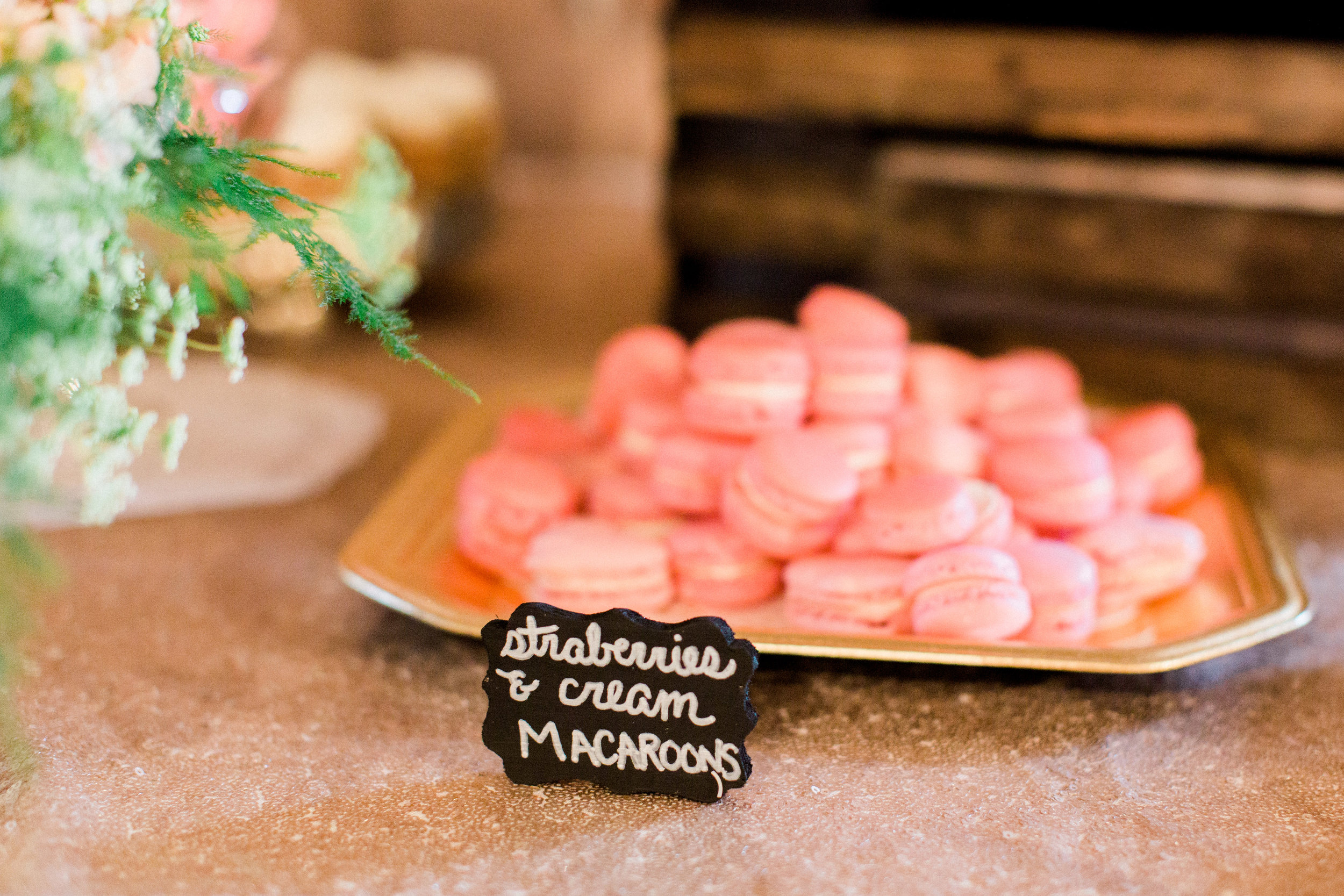 Paeonian-Springs-Wedding-Photographer-411.jpg