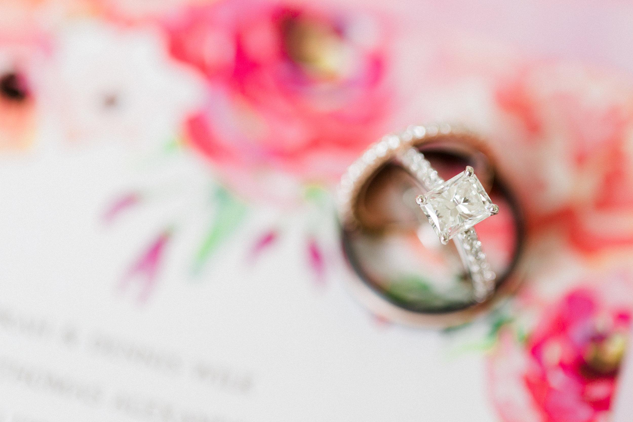 Paeonian_Springs_Wedding_Photographer-34.jpg