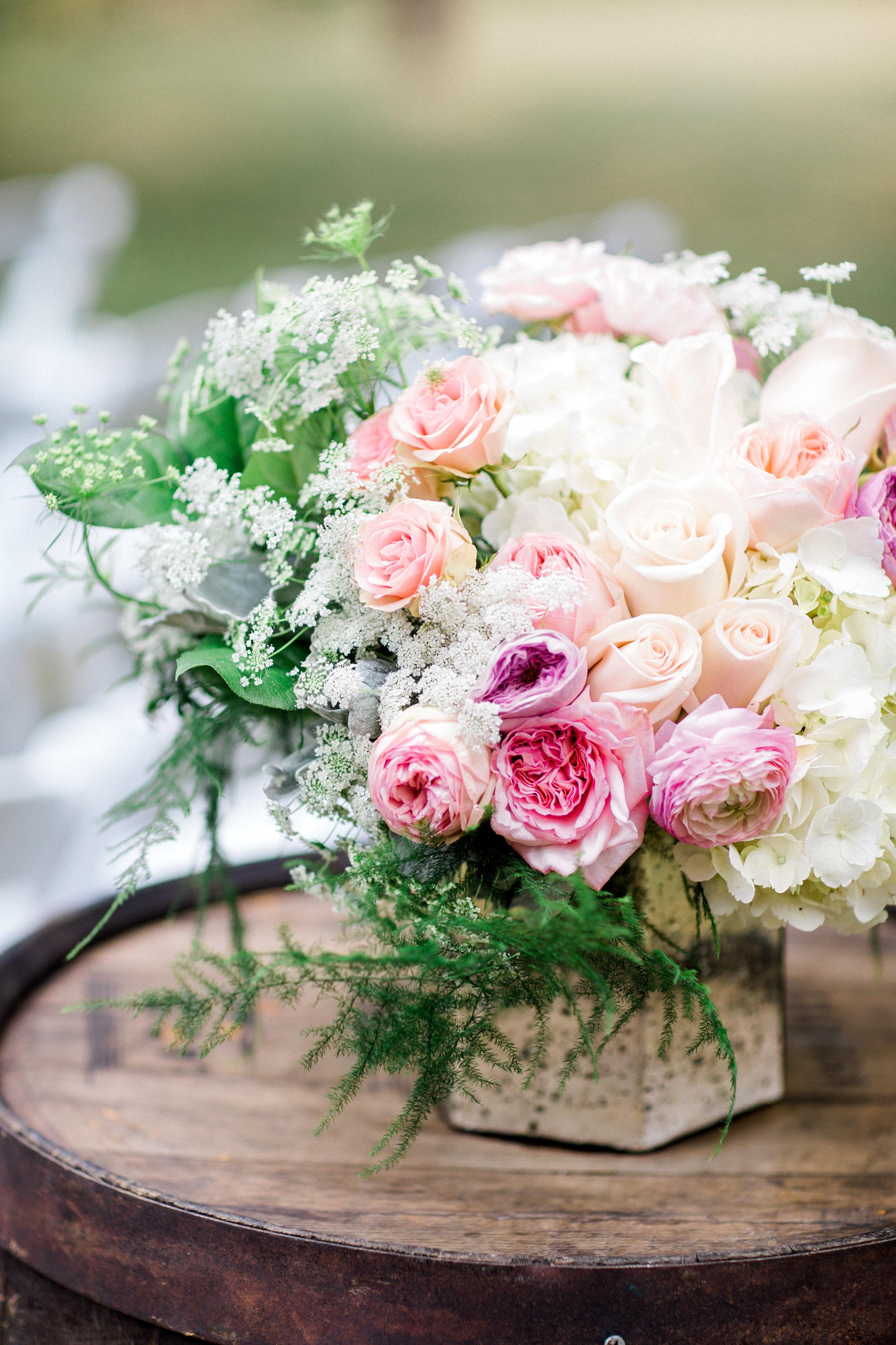 Paeonian-Springs-Wedding-Photographer-670.jpg
