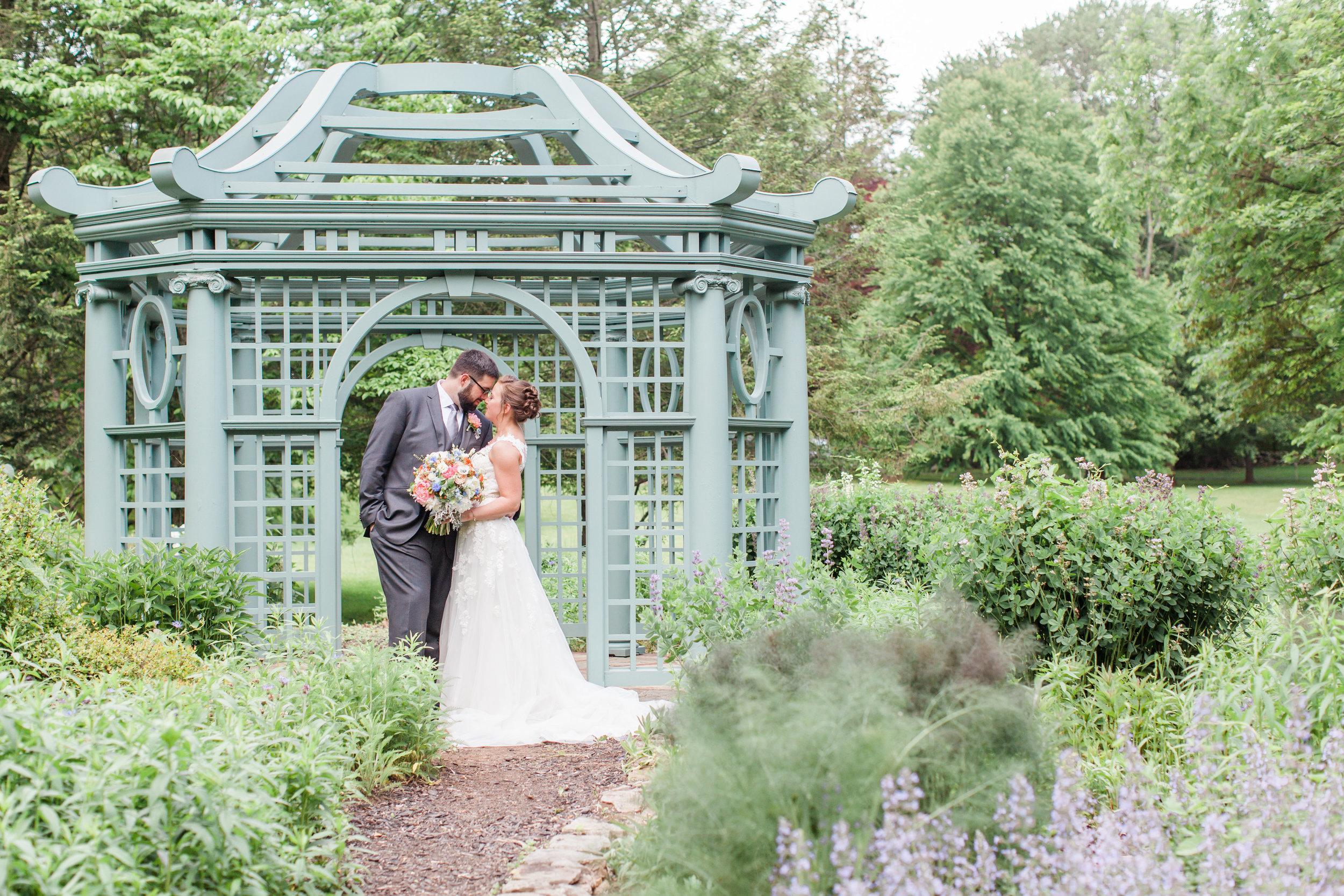 Bride and Groom-0061.jpg