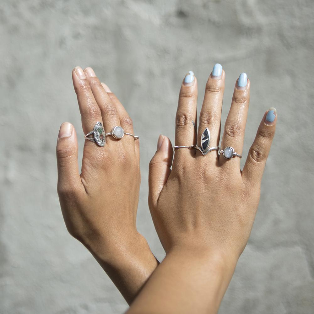 Half Hippy Hands