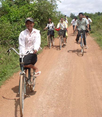 kids on bikes 2008.jpg