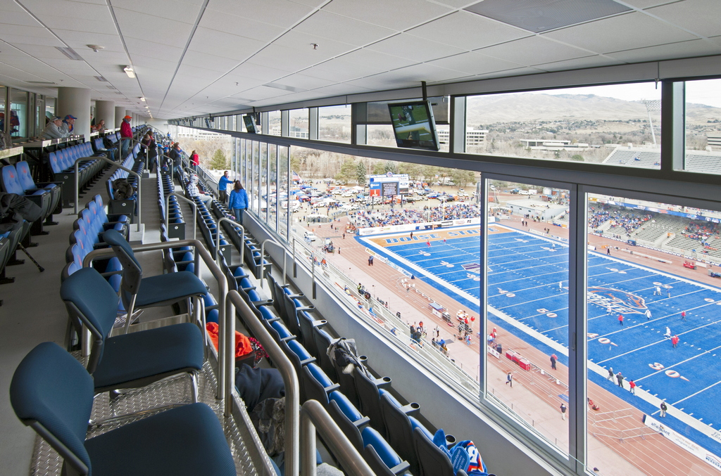 1024x768_HSW60_Boise_State_Stadium_ID_18corrected2.jpg