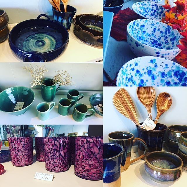 One-of-a-kind Pottery ✅ Blown Glass ✅ Carved Wood ✅ Beautiful handmade gifts from local artists ✅✅✅ @ The Daylily 🧡 . . #happyfriday #southdeerfieldma #south deerfieldvillage #sugarloaf #mtsugarloaf #sugarloafmt #deerfield #deerfieldvillage #westernma #westernmass #westernmassart #berkshires #berkshireart #pioneervalley #pioneervalleyart #handmade #uniquegifts #blownglass #blownglassart #onsale #fallflavors #falldecor #throwingpots #potteryart #woodart
