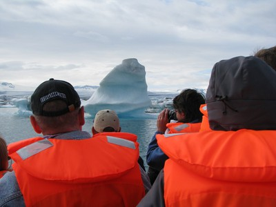 l_iceberg.jpg