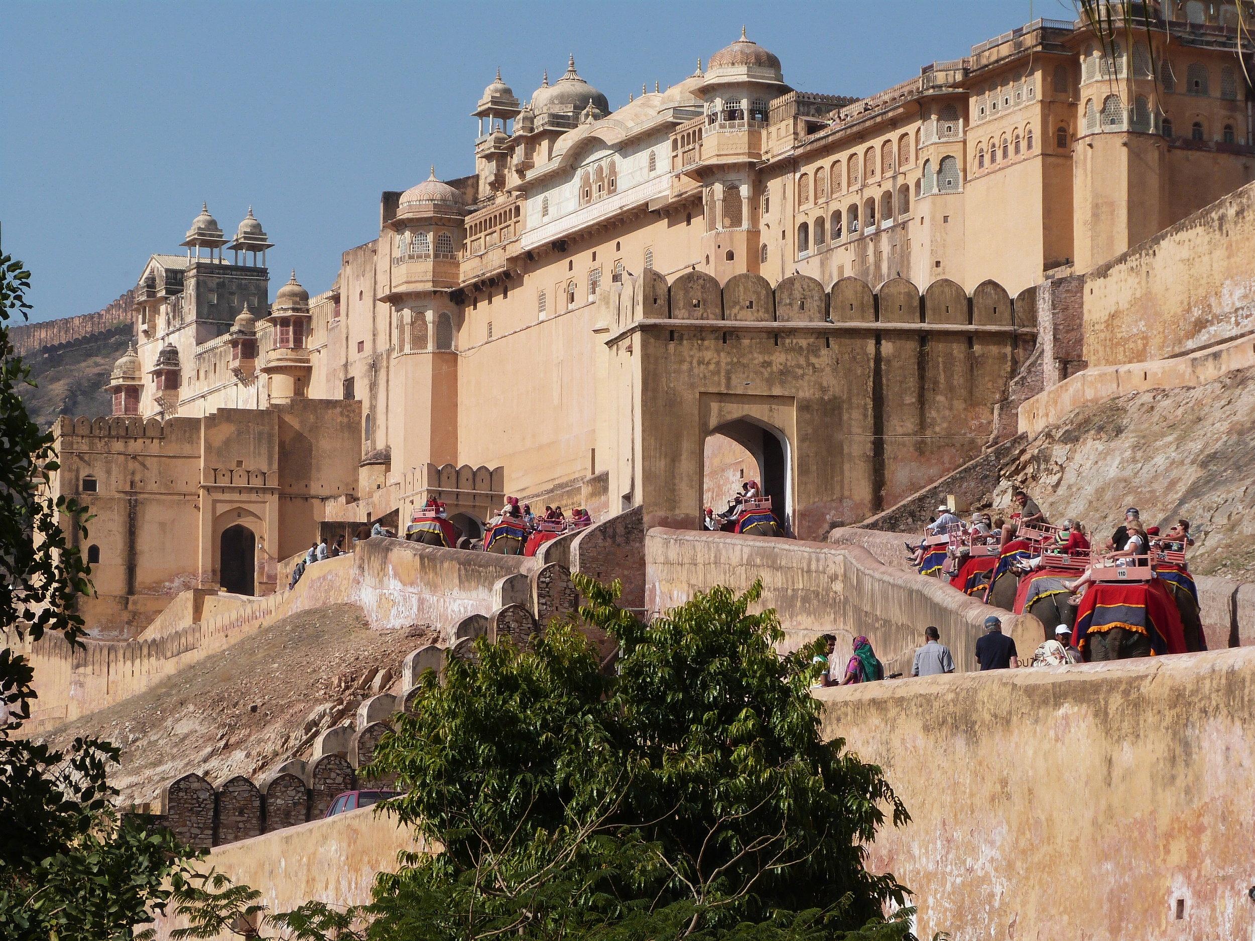 Mar 9, 2013  Jaipur (1) Amber Fort.JPG
