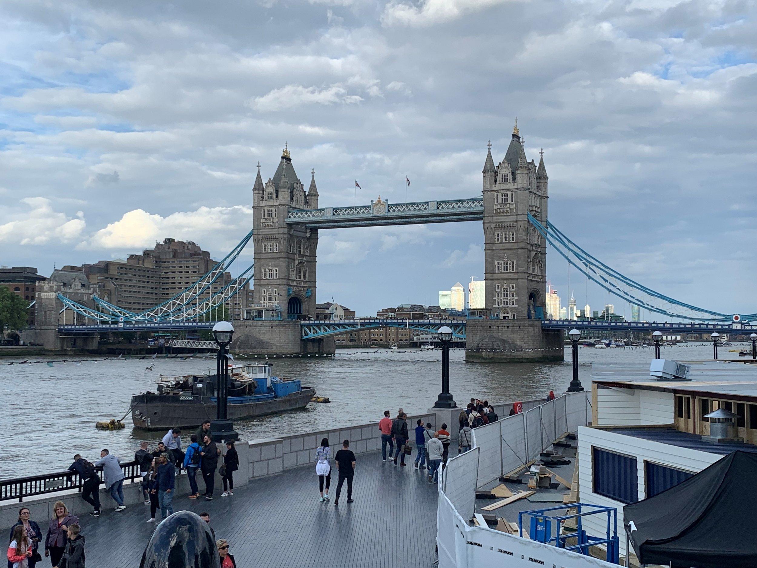 London4LondonBridge1.jpg