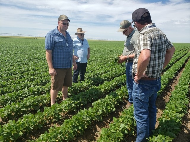 Australian farmers traveling on Alberta & Western Canada agricultural tour.  Another reason to travel with Select Holidays as you meet travelers from around the globe.