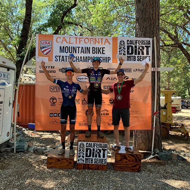 Had a blast racing part of the California State Championship Series until I decided to go hug some trees! 🤦♂️ Conrgats to @noahayes taking the W  #folsombike #folsomgrind #wesellfun #getoutside #giantbicycles  #ridelife