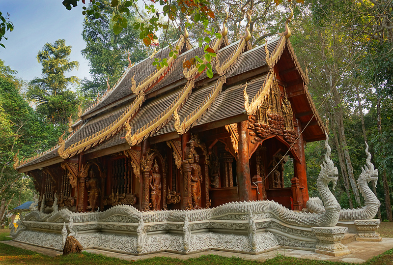 chiang-mai-wat-luang-khun-win-forest-temple-1-small.jpg