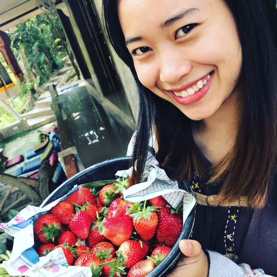 Noon teaches Karen, Thai, and English at Chai Lai.