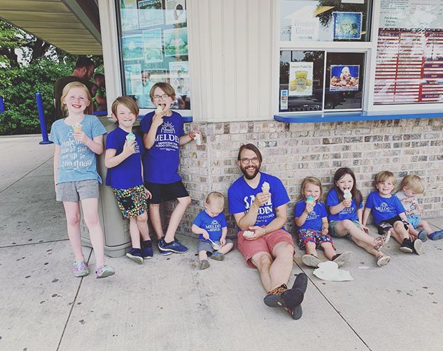 #TeamMelden rolls with lots of kids, one Tucker, and never misses an ice cream break. 🍦