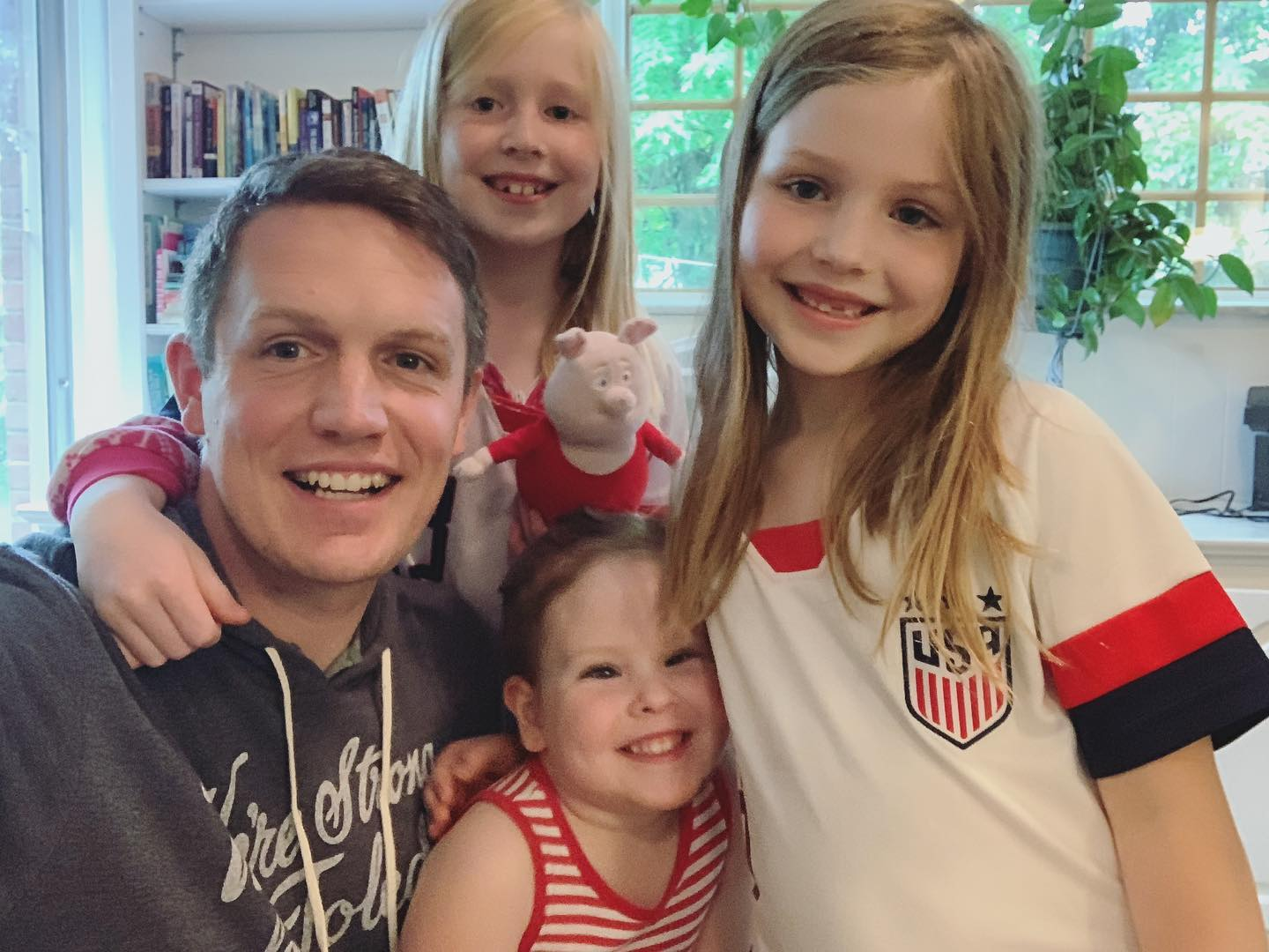 Sam and his girls cheering on the US Women's National Team! ⚽️🇺🇸