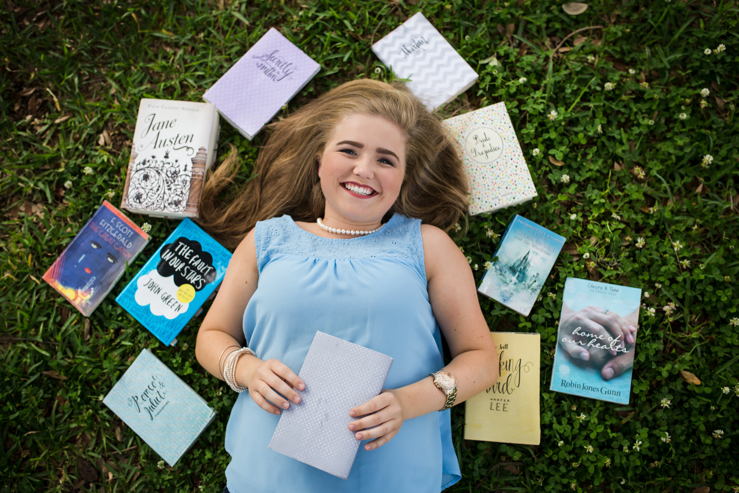 High School Senior Session book inspired Session