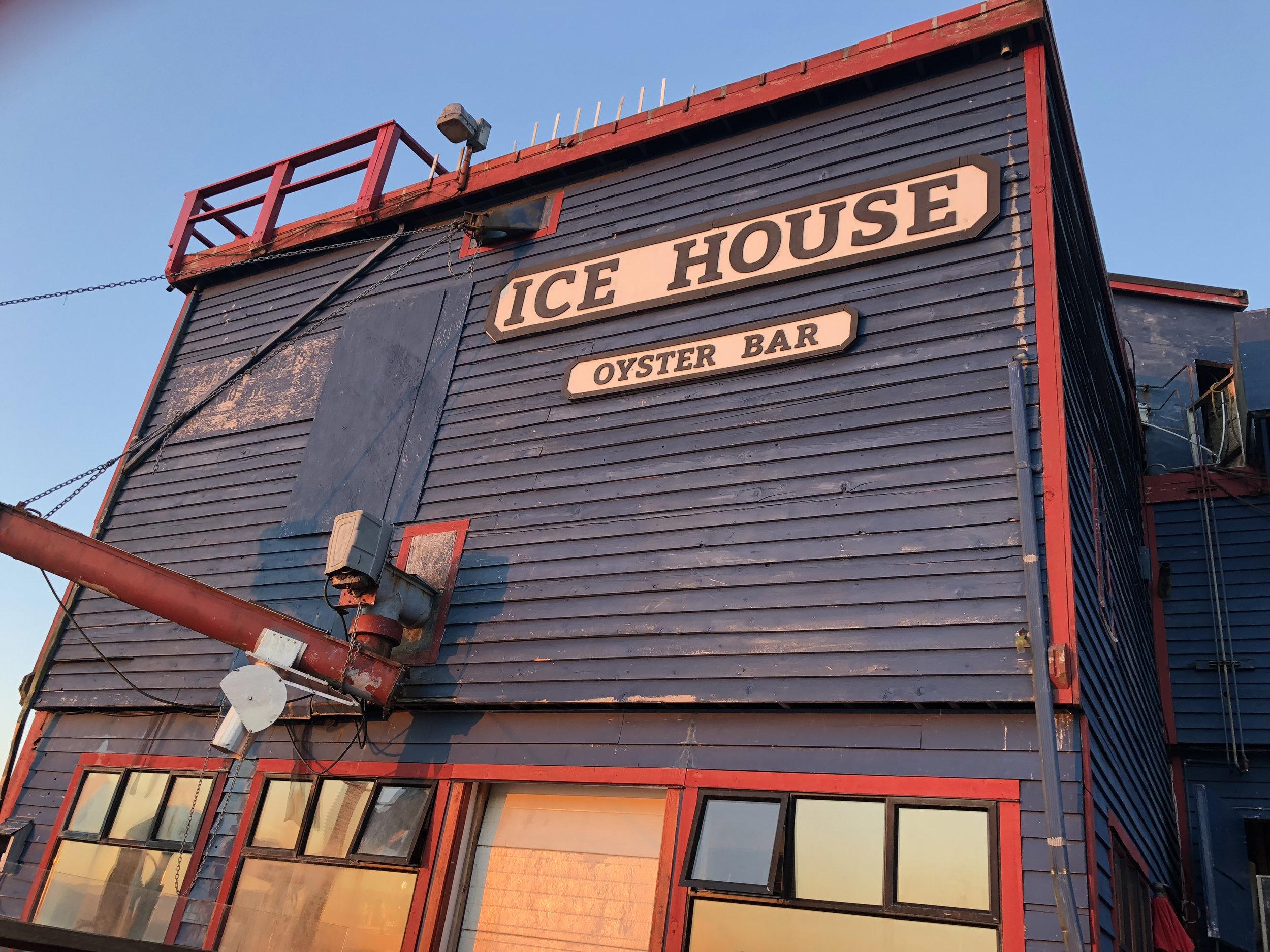 Icehouse Oyster Bar