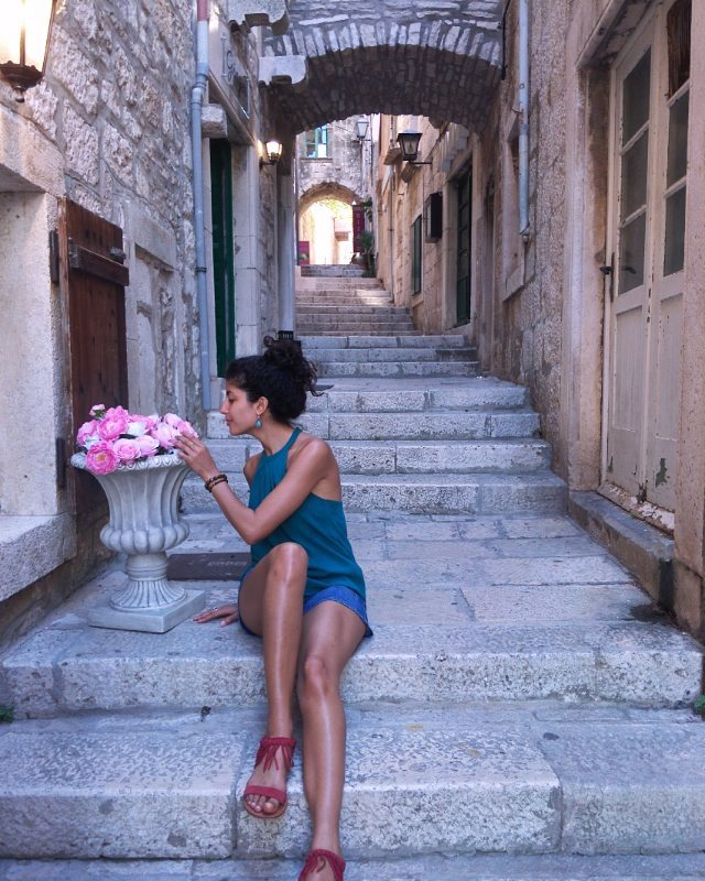 Book of a traveling soulDZ Girl Trotter. 🌹 -Alger/Paris ✈ -Model life 📷 -Traveladdict 🌎 -SociaMedia 🆒 -