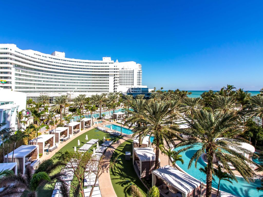 Foutainebleau Hotel