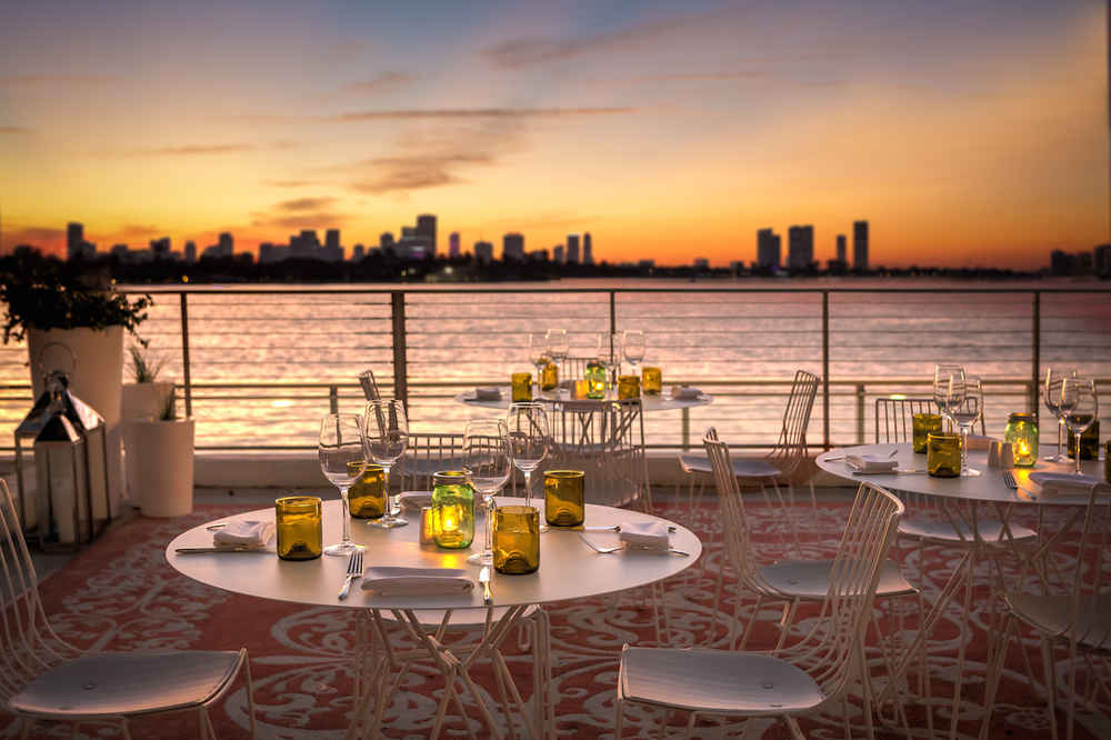 The Sunset Lounge  This place is best known for the sunset view and happy hour starting at 5pm!