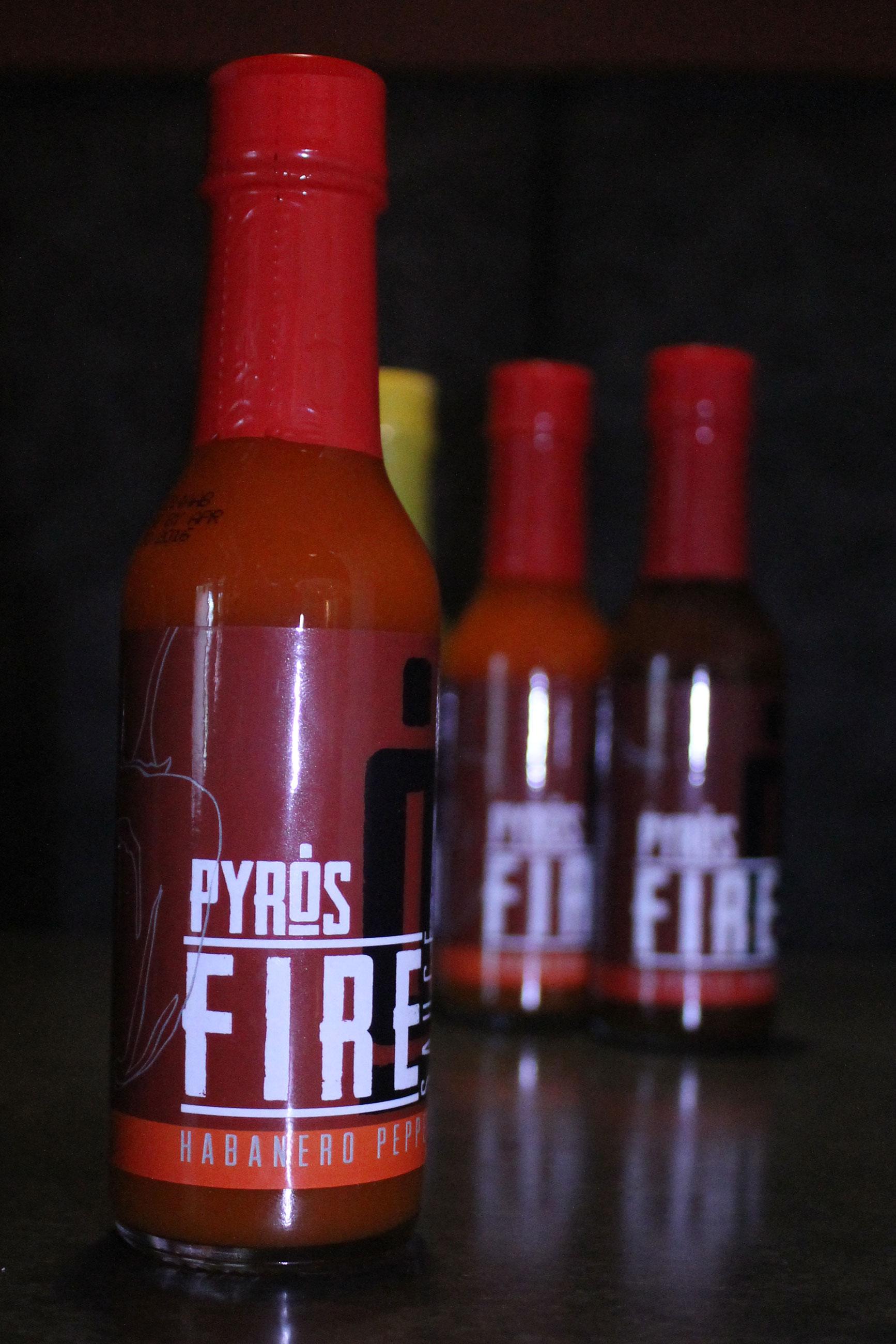 009_pyros-hotsauce-d.jpg